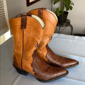 Ariat women's leather cowboy boots